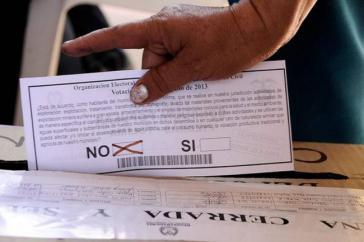 Bisher haben circa 35.000 Personen mit mehr als 95 Prozent der Stimmen den Bergbau und die Erdölförderung in Kolumbien abgelehnt