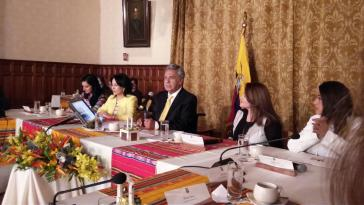 Moreno spricht sich während des Treffens mit einem Frauenkollektiv für die Bekämpfung genderspezifischer Gewalt aus