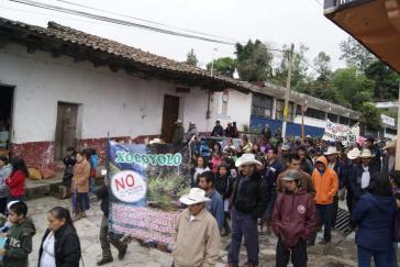 Indigene in Pueblo protestieren seit Jahren gegen Bergbau, Staudämme und Fracking in der Sierra Norte