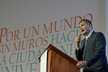 Ex-Präsident von Ecuador, Rafael Correa, auf dem Gipfel der Völker in Bolivien