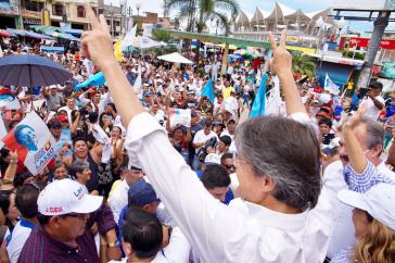 Zeigt sich siegessicher: Guillermo Lasso, Kandidat der rechtsliberalen Parteienallianz CREO-Suma in Ecuador bei der Stichwahl für das Präsidentenamt am 2. April
