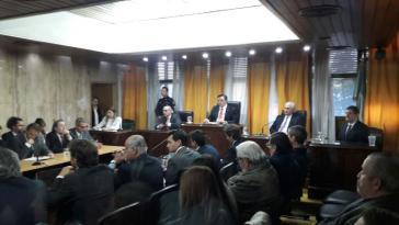 Im Gerichtssaal. Die Richter verhängten zwölf lebenslange und 13 Haftstrafen, drei Angeklagte wurden freigesprochen