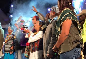 Indigene Zeremonie für die neue Partei Farc auf dem Bolívar-Platz in Bogotá