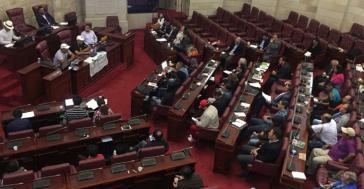 In der vergangenen Woche waren so wenige Kongressangehörige bei der Abstimmung des Gesetzentwurfs zur JEP abwesend, dass die Sitzung wegen fehlendem Quorums vertagt werden musste