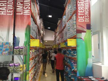 Großmarkt Zona+ in Havanna, Kuba