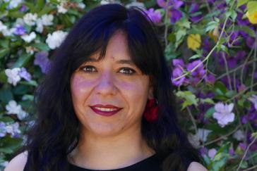 Die Interviewpartnerin Lorena Astudillo in Chile ist Sprecherin eines 300 Organisationen umfassenden Netzwerks