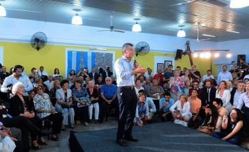 Argentiniens Präsident Macri bei seinem Auftritt in einem Altenheim in der argentinischen Provinz San Luis