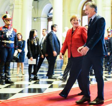 Bundeskanzlerin Merkel und Argentiniens Präsident Macri trafen am 8.Juni im Präsidentenpalast Casa Rosada in Buenos Aires zusammen