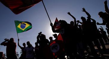 Kleinbauern und MST protestieren in Brasilien gegen Landarmut und Rücknahme der Agrarreform