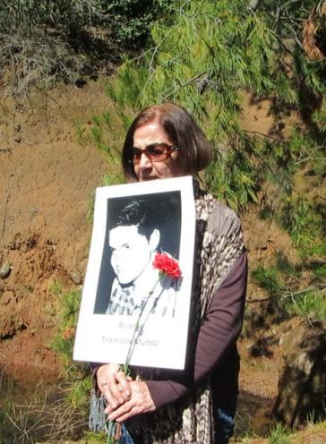 Myrna Troncoso koordiniert die Organisationen der Angehörigen von Verschwundenen, ermordeten politischen Gefangenen und Opfern der deutschen Sektensiedlung Colonia Dignidad in der Región del Maul in Chile