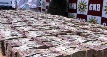 Die venezolanische Nationalgarde beschlagnahmte in jüngster Zeit an der Grenze zu Kolumbien zentnerweise 100 Bolívar-Scheine