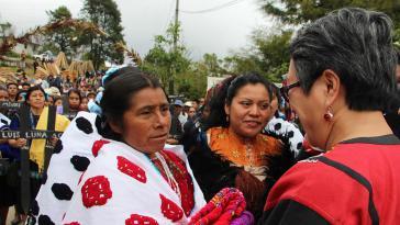 Victoria Tauli-Corpuz bei ihrem Besuch in Chiapas