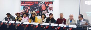 Die Vertreterinnen von Demus veröffentlichen den Bericht über Zwangssterilisation und wollen Fujimoris Begnadigung verhindern