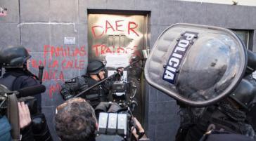 Polizeieinsatz gegen die Besetzung des PepsiCo-Werkes in Vicente López, Argentin
