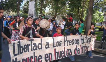 Demonstration für die Freilassung der hungerstreikenden Mapuche-Gefangenen