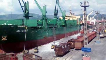 Im Hafen von Santiago sollen bald Containerschiffe mit einer Kapazität von bis zu 55.000 Tonnen einlaufen können, derzeit sind es 30.000