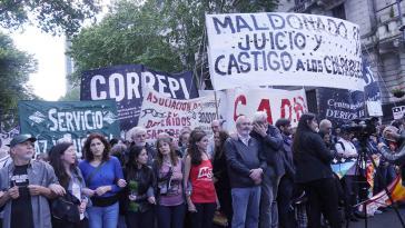 Tausende gingen in Argentinien auf die Straße und forderten Aufklärung über den Tod von Maldonado und Bestrafung der Verantwortlichen