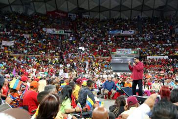 Präsident Maduro bei einer Großveranstaltung zur geplanten verfassungsgebenden V