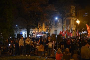 Tausende Menschen fordern in Buenos Aires die lückenlose Aufklärung des Verschwindens von Santiago Maldonado