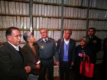 Mitglieder der Wahrheitskommission bei der Zusammenkunft mit der  Militärführung am 28. August
