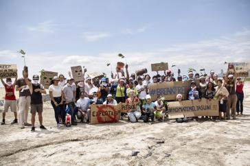 Break Free Ecuador, YASunidos se toma la explanada destinada a la construcción de la Refinería del Pacífico, para exigir que se deje el petróleo en el subsuelo.