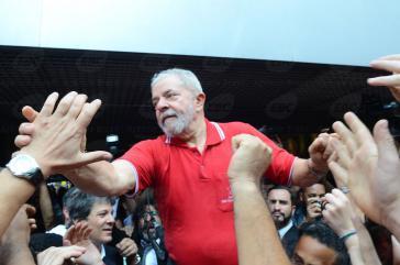 Lula traf heute mit Mitgliedern der Gewerkschaften in Brasilien zusammen, um über weitere Schritte zu beraten