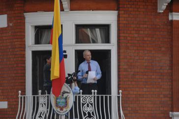 Julian Assange sitzt seit 2012 in der ecuadorianischen Botschaft in London fest (Bild von 2012)