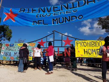 Einige Tausend Frauen, darunter viele Zapatistinnen, sind in Chiapas zum ersten internationalen Frauentreffen zusammengekommen