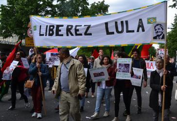 Solidarität mit Lula am 1. Mai auch in Frankreichs Hauptstadt Paris