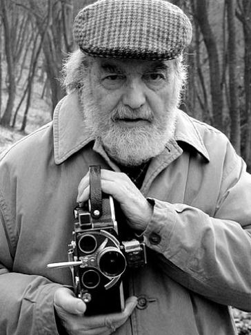 Oswaldo Bayer (1927-2018)