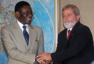 Teodoro Obiang Nguema Mbasogo, Ex-Präsient von Aquatorialguinea mit seinem  brasilianischen Amtskollegen Luiz Inácio Lula da Silva bei einem Treffen im Jahr 2008