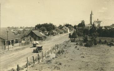 Die von polnischen Siedlern gegründete Ortschaft Alto Paraguaçu im Verwaltungsbezirk Itaiópolis, Bundesstaat Santa Catarina, Südbrasilien (Aufnahme von 1930)