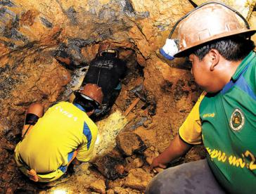 Hat ein Anschlag die Explosion in der Zinnmine in Bolivien ausgelöst?