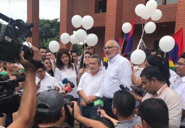 Oppositionspolitiker Mesa und sein Kandidat für die Vizepräsidentschaft Pedraza meldeten sich für die Allianz Bürgergemeinschaft