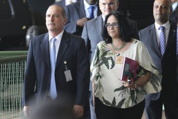 """Die zukünftige """"rechte Hand"""" Bolsonaros, Staatsminister Onyx Lorenzoni und Damares Alves, Juristin und evangelikale Pastorin. Sie soll Ministerin für Frauen, Familie und Menschenrechte werden"""