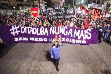 """""""Nie wieder Diktatur"""""""