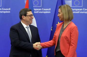 Bruno Rodríguez und Federica Mogherini beim EU-Kuba-Gipfel in Brüssel