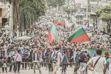Mehrere tausend Menschen demonstrieren für die Bildung
