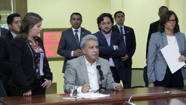 Präsident Moreno gibt in Ecuador den Tod der Mitglieder des Reporterteams bekannt