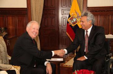 US-Vizeaußenminister Tom Shannon und der Präsident von Ecuador, Lenín Moreno