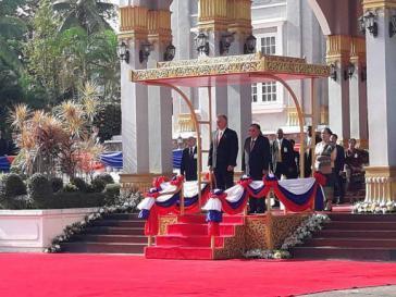 In Laos wurde Díaz-Canel von Präsident Bounnhang Vorachith empfangen