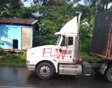 Protestaktion: Dieser LKW blockiert eine Straße zwischen Cali und Buenaventura in Kolumbien
