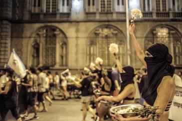Am 14. April demonstrierten tausende Frauen in Rio de Janeiro, Brasilien, im Gedenken an Marielle Franco