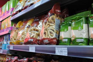 Spar-Produkte im Supermarkt Imago in Cienfuegos, Kuba