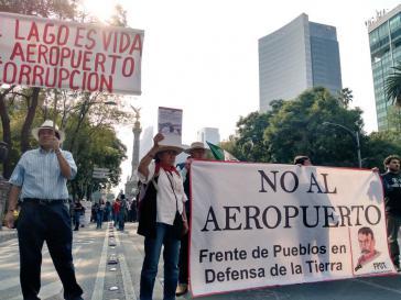 Protest in Mexiko-Stadt gegen den geplanten Großflughafen