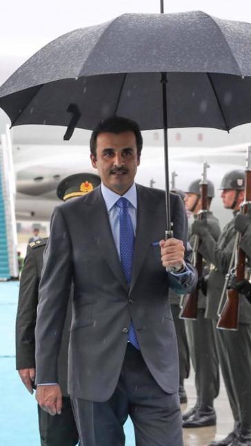 Auf der Suche nach einem wirtschaftlichen Schutzschirm: Scheich Tamim bin Hamad Al Thani