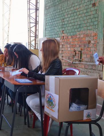 Die Wahlurnen wurden von internationalen Beobachtern beaufsichtigt
