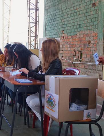 In einem Wahllokal in San Lorenzo