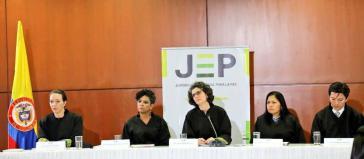 Juristinnen und Juristen der Sonderjustiz für den Frieden in Kolumbien