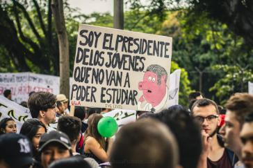 Studenten protestieren gegen Bildungspolitik von Iván Duque
